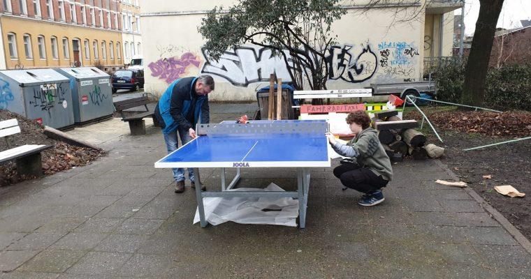 Tischtennisplatte ist da